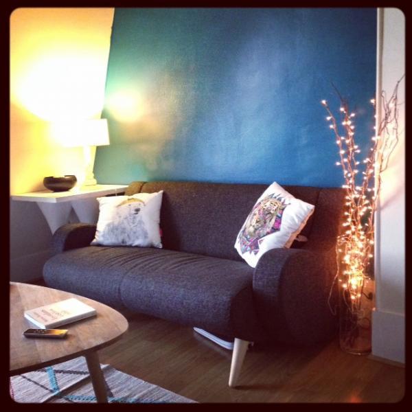 Gerade installiertes schwarzes Sofa Geneve! Bequem und besonders sch�n! Meine Freunde sind neidisch.