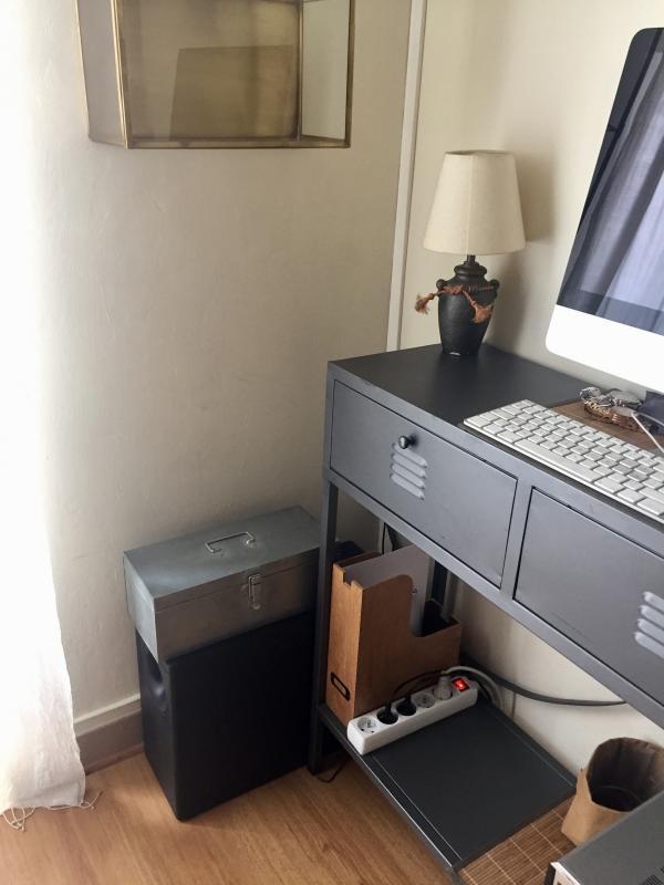 Sehr schöne Aufbewahrungsbox und auch sehr praktisch, neben meinem Computer habe ich so alles griffbereit