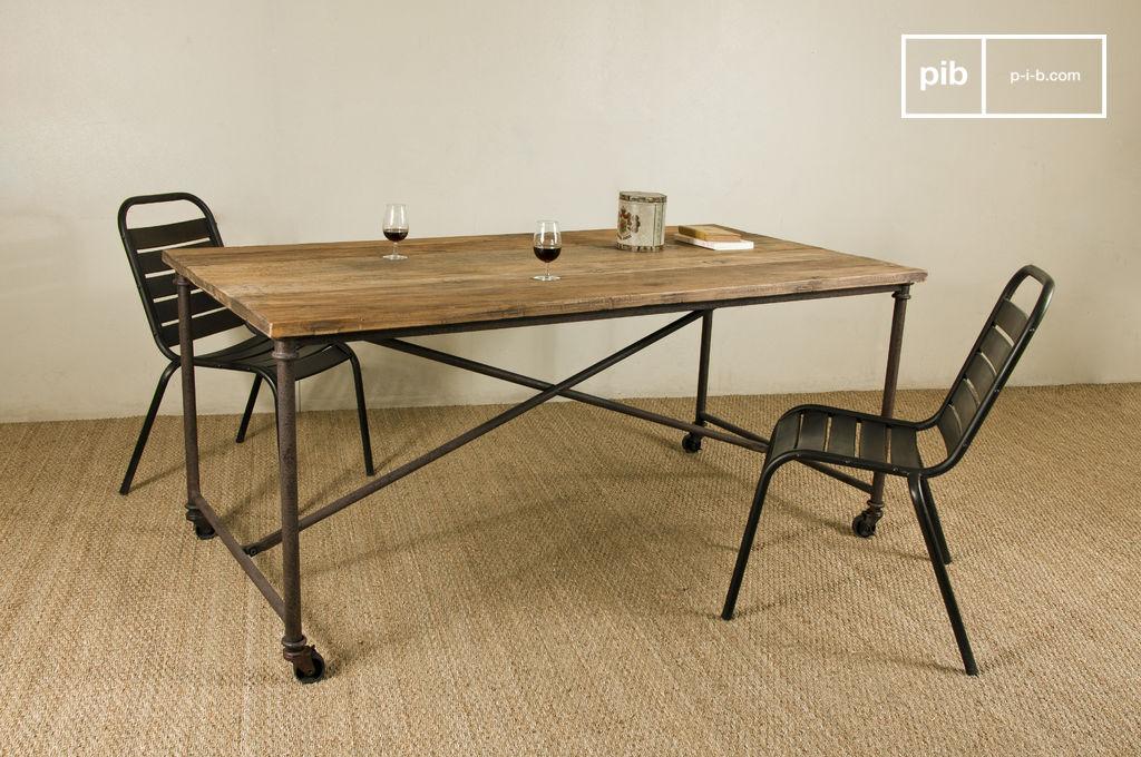 esstisch lindsay road platte aus altem lackierten pib. Black Bedroom Furniture Sets. Home Design Ideas