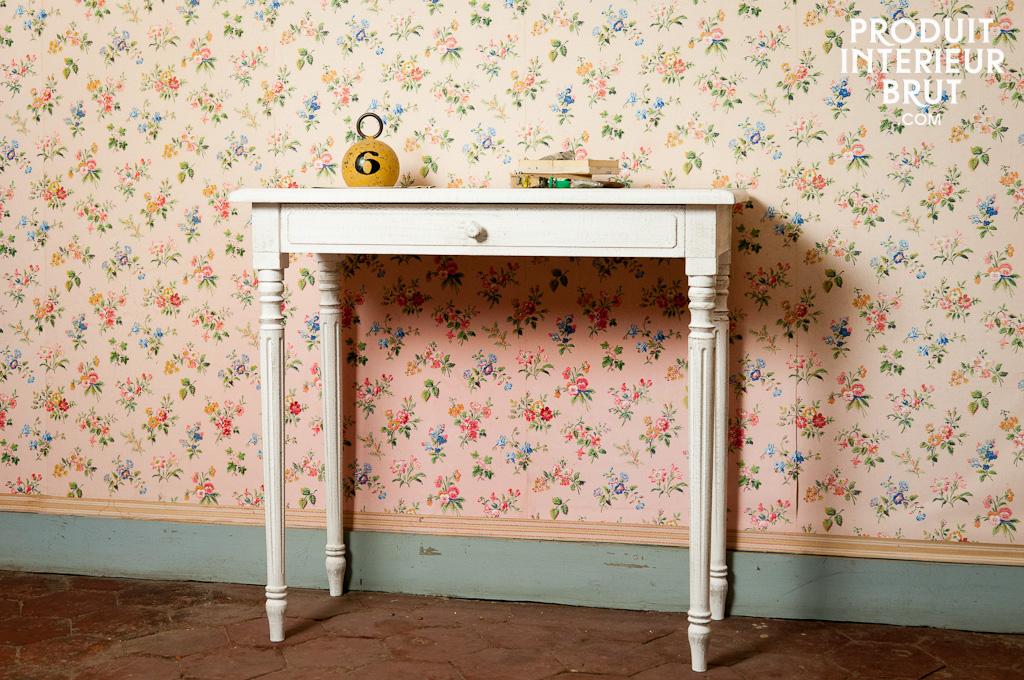 wei er schreibtisch frivole kleiner schreibtisch oder pib. Black Bedroom Furniture Sets. Home Design Ideas