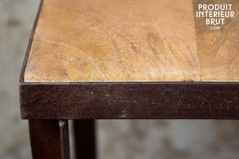 Regal mit 3 Ablagen aus Holz n Metall im Vintage-Industriedesign