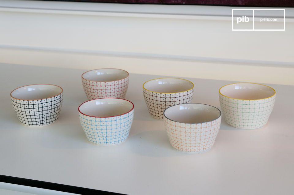Die 6 kleinen Brüni-Schalen sind hervorragende Geschirrelemente voller Charme