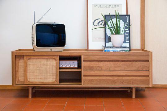 Aarne TV-Schrank in heller Eiche