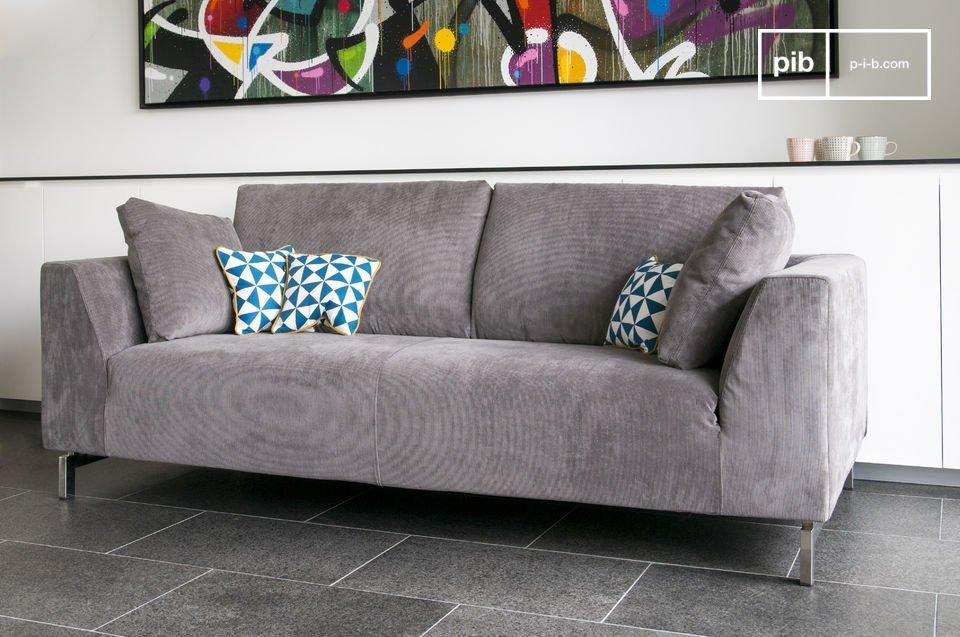 Sehr komfortabel, mit 3 Plätzen, in 3 Farben erhältlich