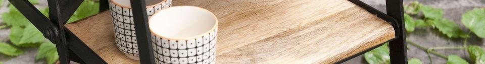 Materialbeschreibung Achtstufige Atelier-Trittleiter