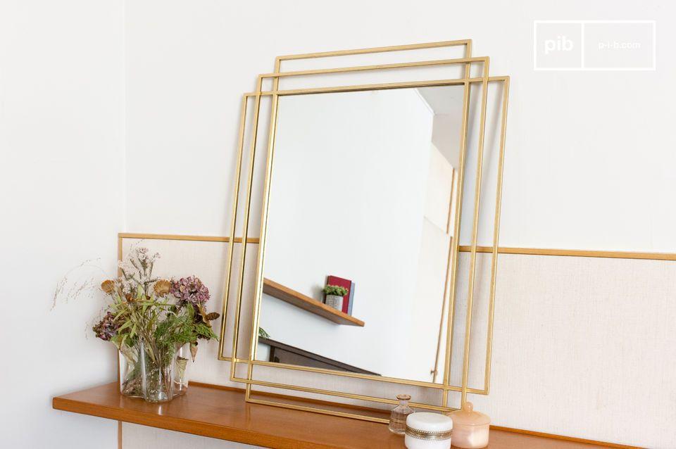 Ein großer rechteckiger Spiegel, inspiriert von Art Deco