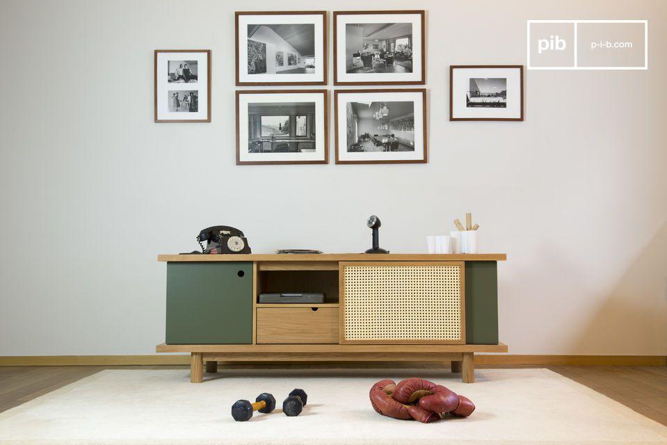 Ideal als TV-Möbel oder zum Verräumen von Geschirr