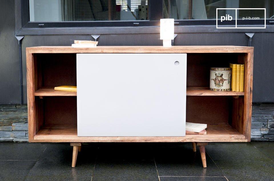 Eine praktische  Design-Anrichte   in der schlichten Eleganz der 50er Jahre