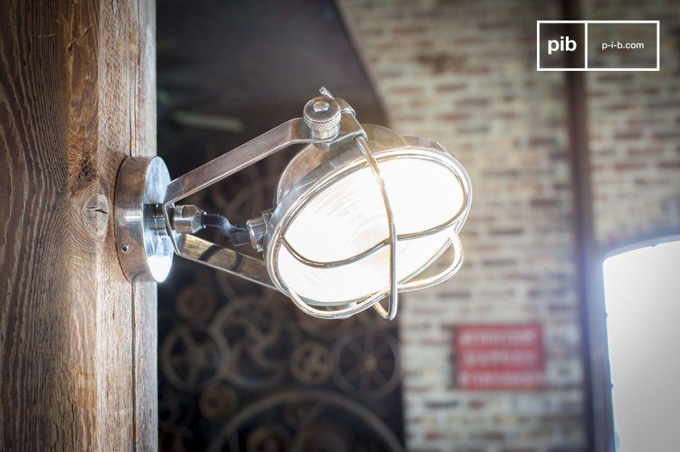 Ein verstellbarer Projektor mit schickem Industrie-Look