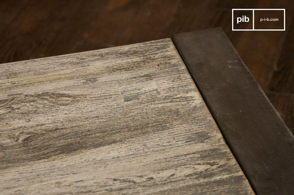 Couchtisch mit grauem Stahl und Edelholz