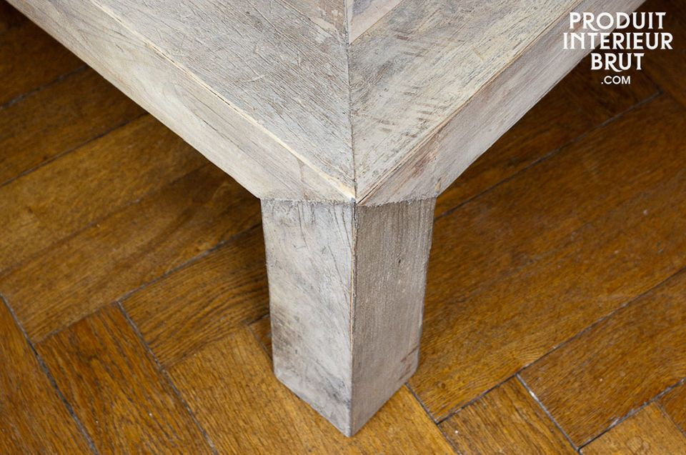 Erliegen Sie dem Charme dieses Möbels aus recyceltem Ulmenholz