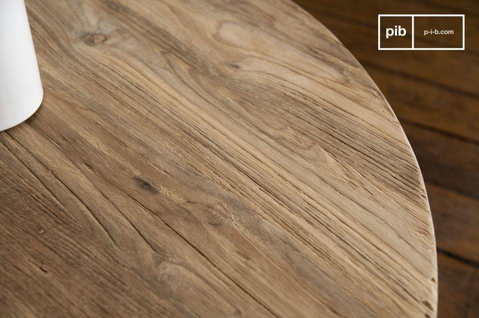 Der Couchtisch Hërkal unterscheidet sich von den anderen Tischen im skandinvischen Stil durch