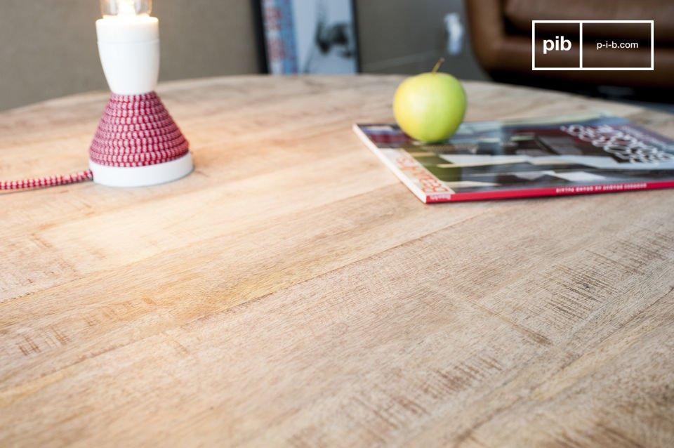 Der Couchtisch Myrte verbindet die graziöse Schönheit des hellen Holzes und die Feinheit der