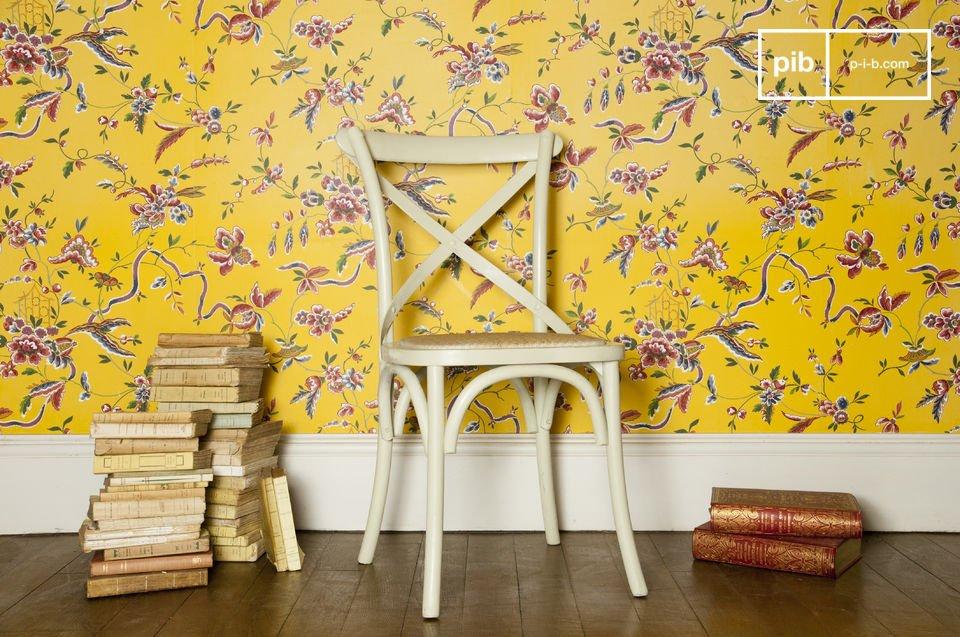 Eine warme Farbe für einen robusten und komfortablen Stuhl
