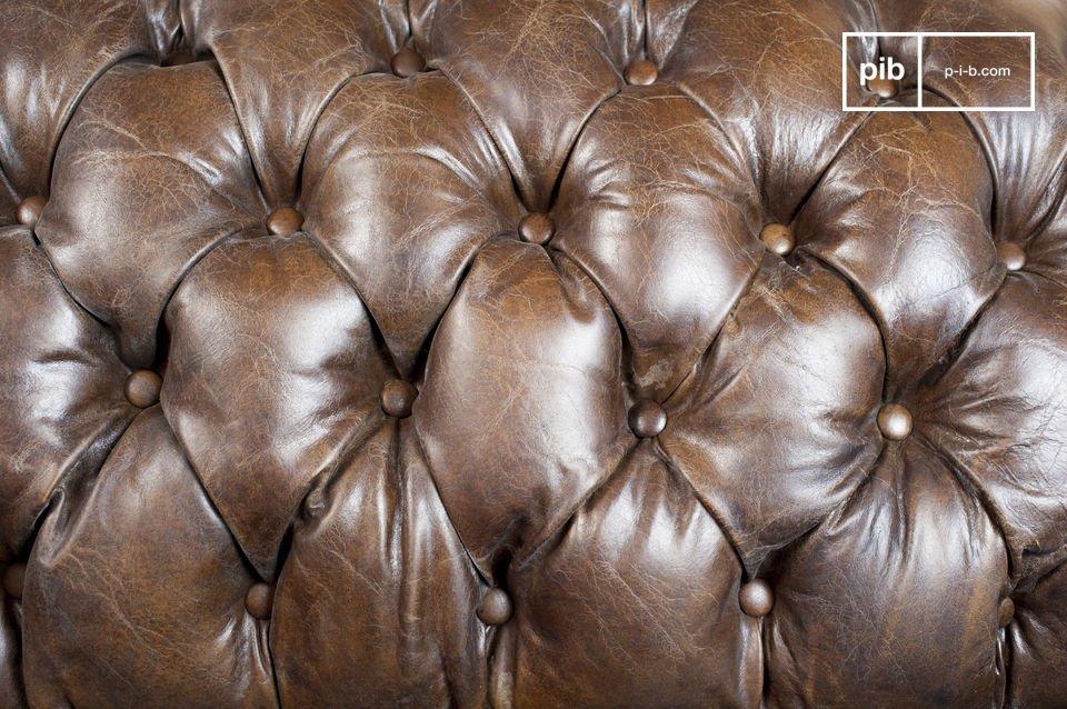Die Fertigstellung dieses Sofas ist besonders gepflegt : die Nähten sind ausgezeichnet