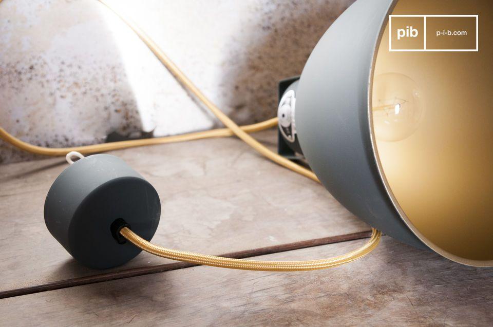 Eine Leuchte im authentischen industriellen Vintage Design