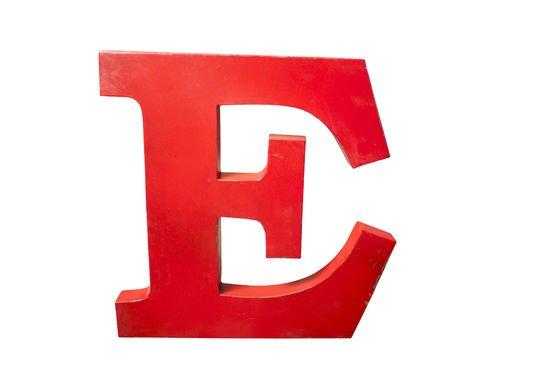 Deko-Buchstabe E ohne jede Grenze
