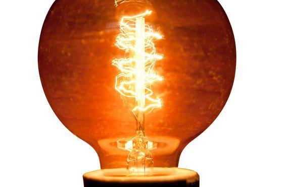 Deko-Glühbirne mit Spiral-Glühfaden ohne jede Grenze
