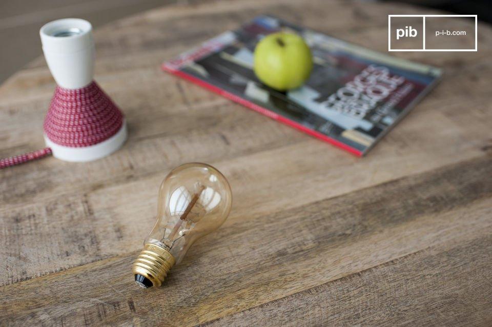 Eine Glühbirne mit altem Stil