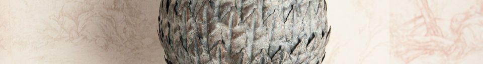 Materialbeschreibung Dekoratives Element Tannenzapfen