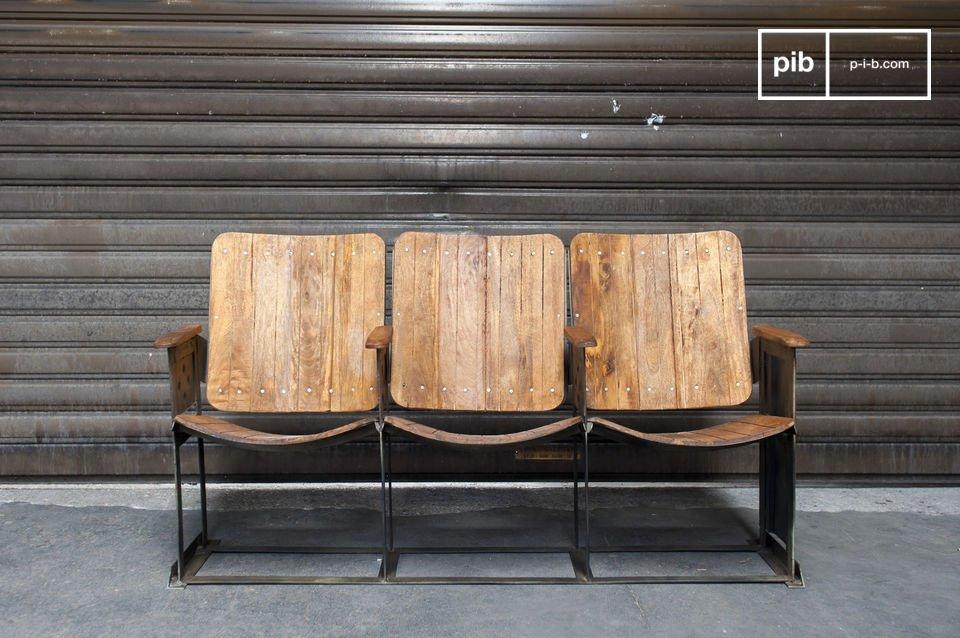 Kleine Theaterreihe, 100% Metall und Holz