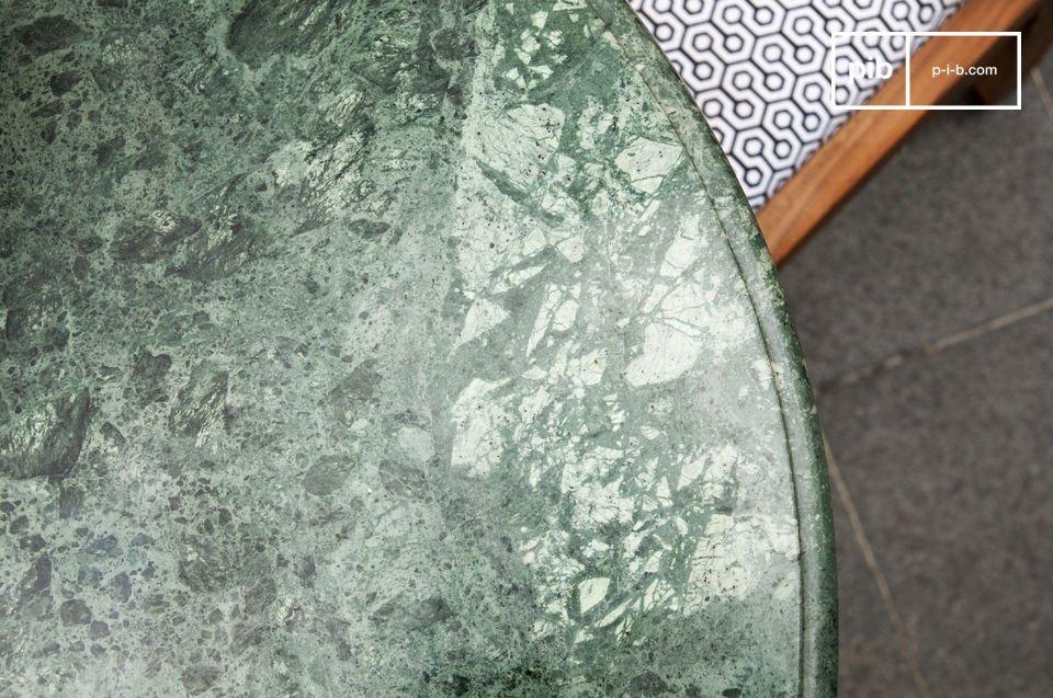 Tisch im skandinavischen Stil ideal für Ihr Esszimmer