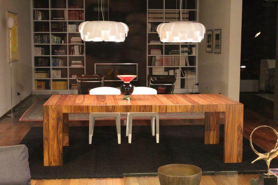 Esstisch mit lampen