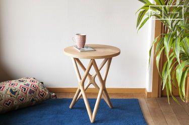 Estrella Beistelltisch aus Holz