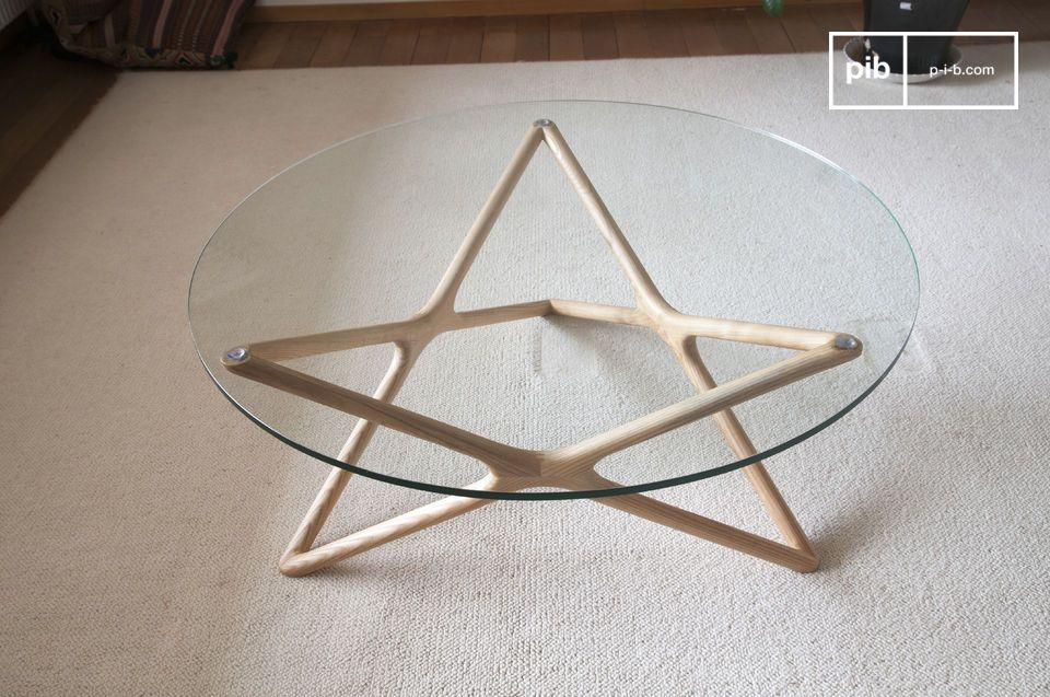 Die besonders dezente und raffinierte Linienführung des Estrella Couchtisches aus Glas verleiht den