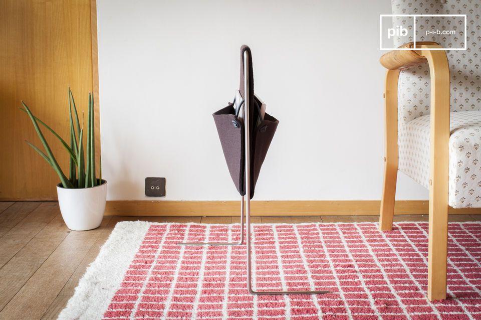 Ein Zeitschriftenhalter mit schlichtem und elegantem Design