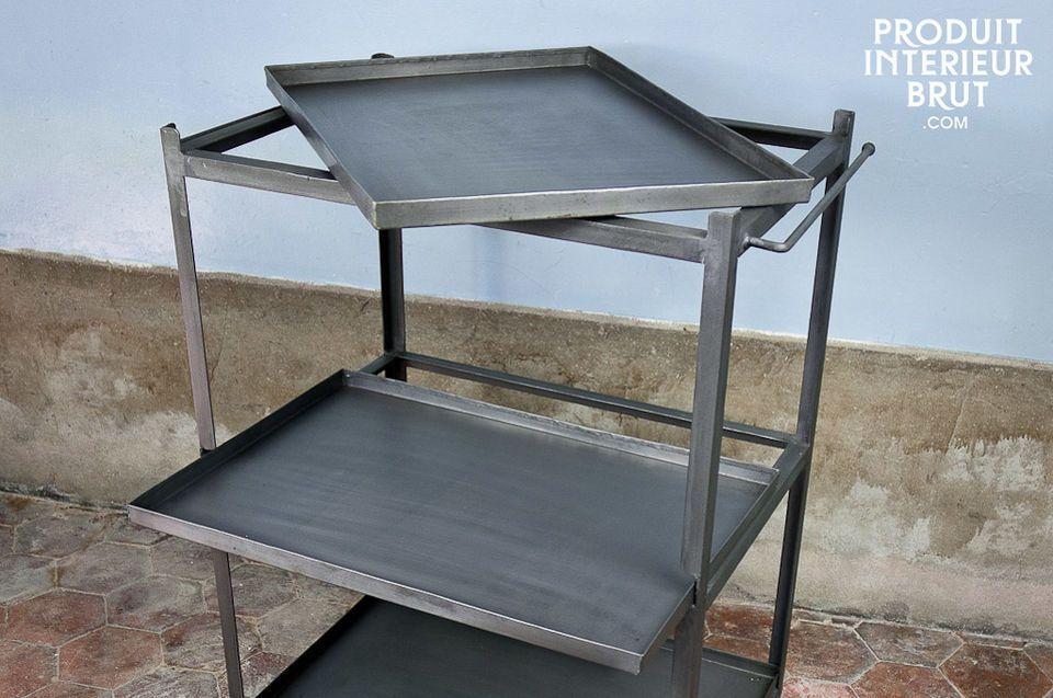 Uriger Stil ganz aus Metall mit drei abnehmbaren Tabletts