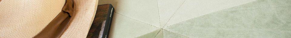 Materialbeschreibung Großer grüner Samtpouf Skagen