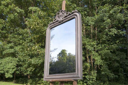 Großer Spiegel Senlis