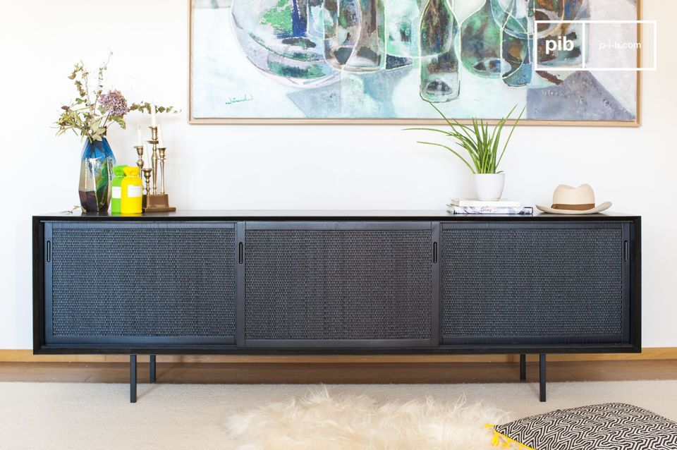 Ein elegantes und reichhaltiges Buffet mit einer originellen Fassade.