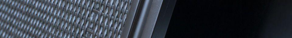 Materialbeschreibung Großes schwarzes Hevaya Sideboard