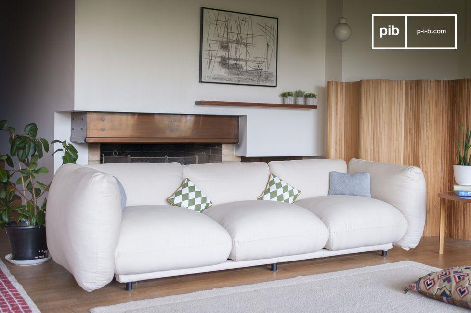 Rundheit und Komfort für ein Sofa mit großzügigen Abmessungen