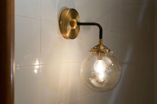Halsa Wandlampe in Gold