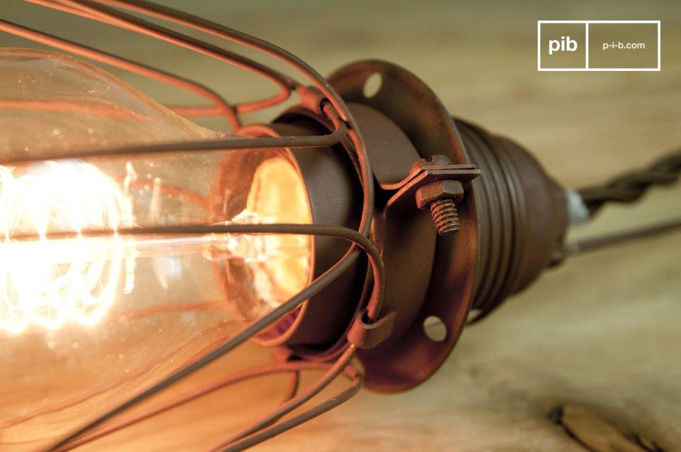 Die Vintage Handlampe Olympia ist eine moderne Lampe