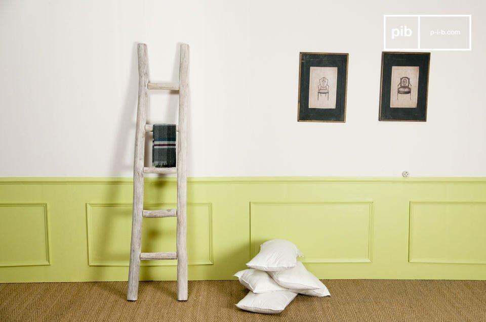 Nutzen Sie diese Handtuchleiter als Ablage für Ihre Textilien im Bad oder im Schlafzimmer