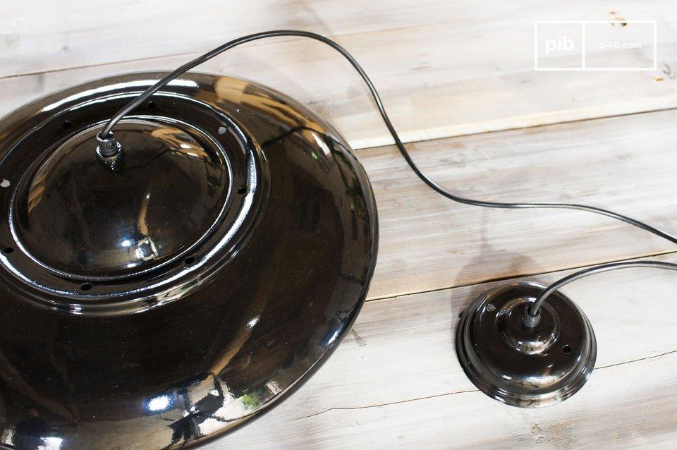 Eine schlichte Lampe im retro Stil