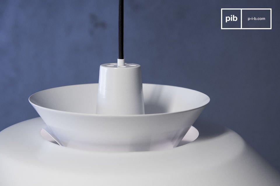 Eine Designerleuchte im minimalistischen nordischen Stil