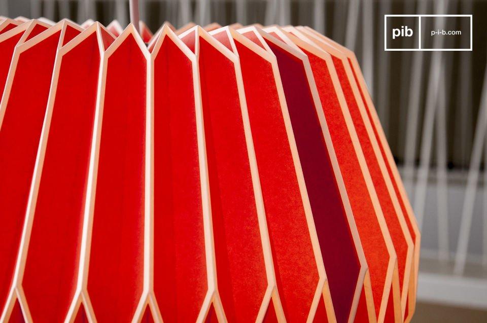 Mit ihren Ecklinien und ihrer lebhaften Farbe erinnert die Form Hippy an die 60er Jahre