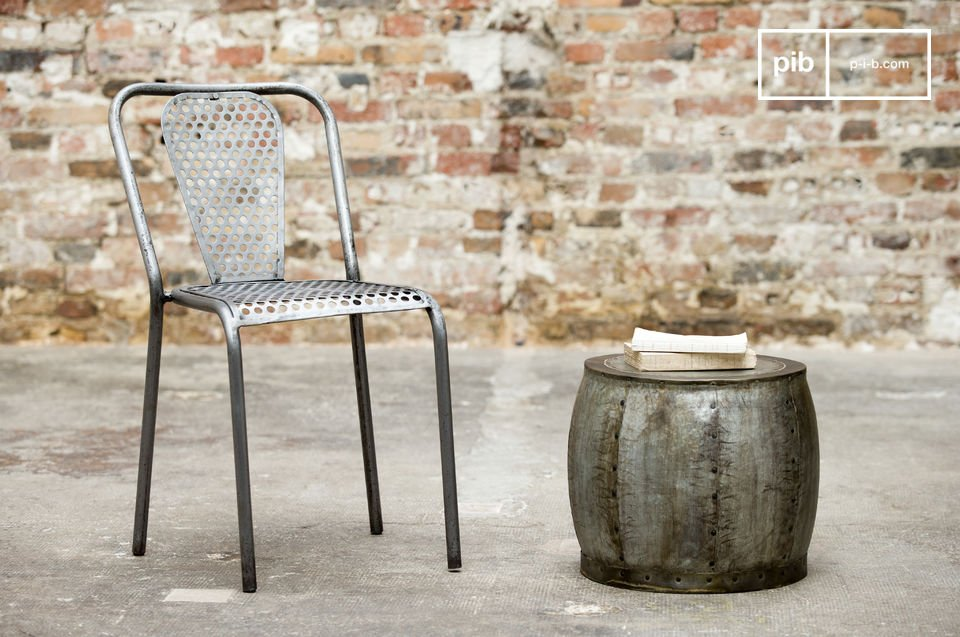 Der Hocker Tubisteel