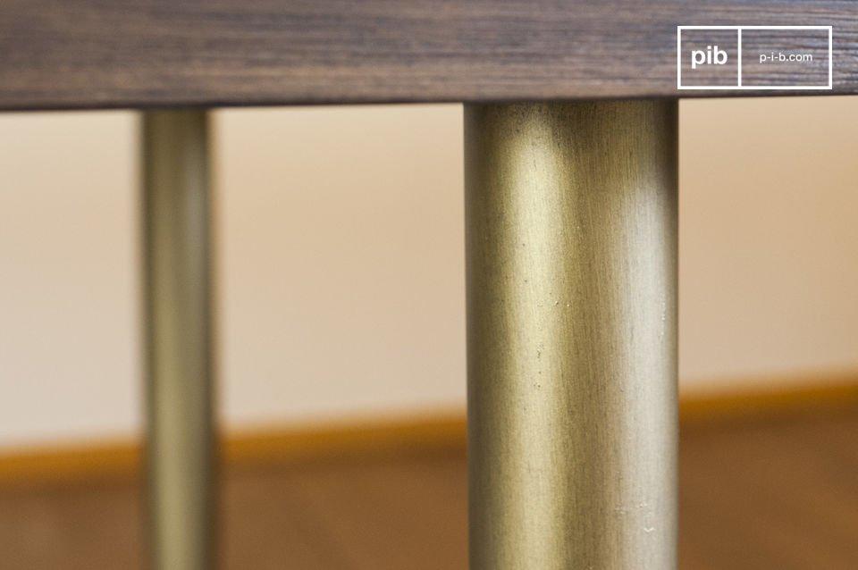 Wenn Sie diesen Tisch als Esstisch verwenden