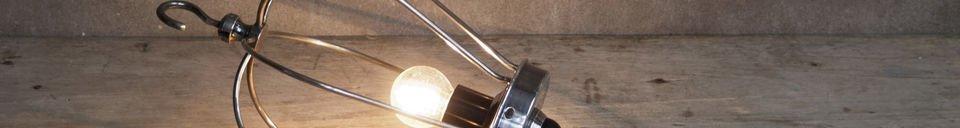 Materialbeschreibung Industrielle Handleuchte