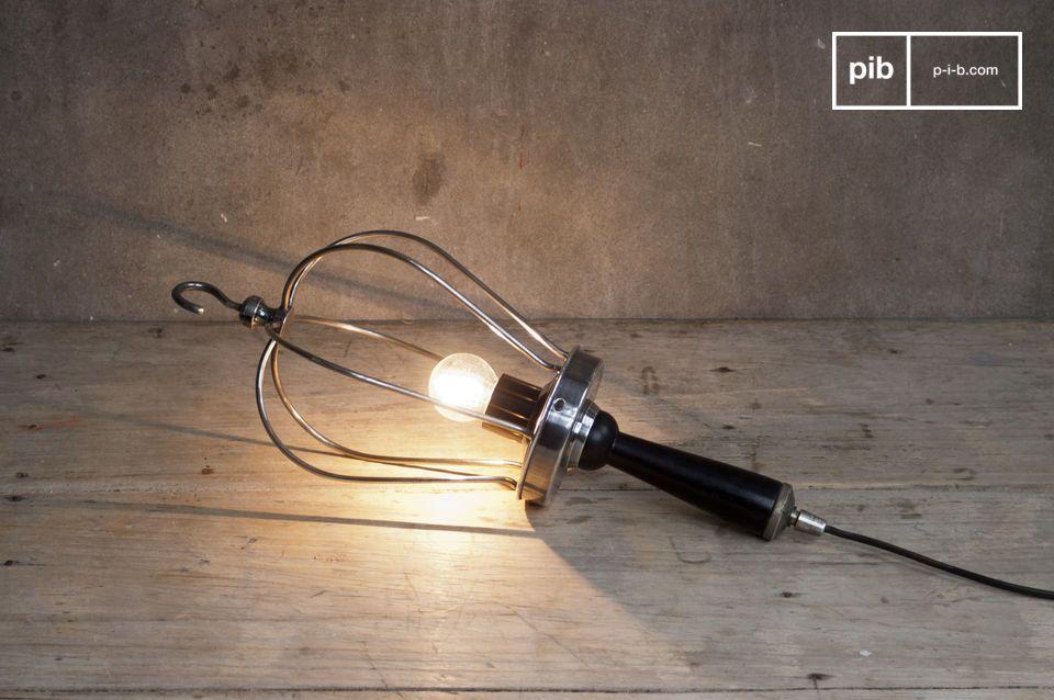 Leuchte zum Aufhängen oder Hinlegen für einen authentischen Industrie-Look