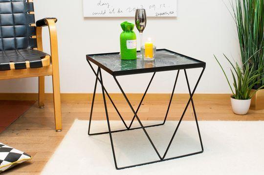 Kleiner Bumcello-Tisch aus grünem Marmor