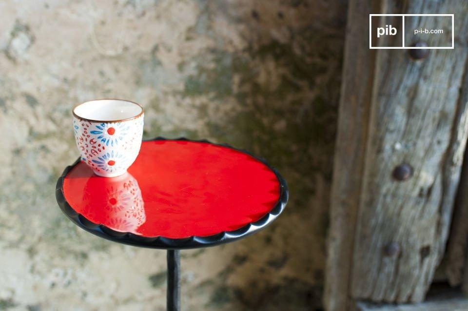 Der Charme eine abgerundeten Möbels mit schönen Farben