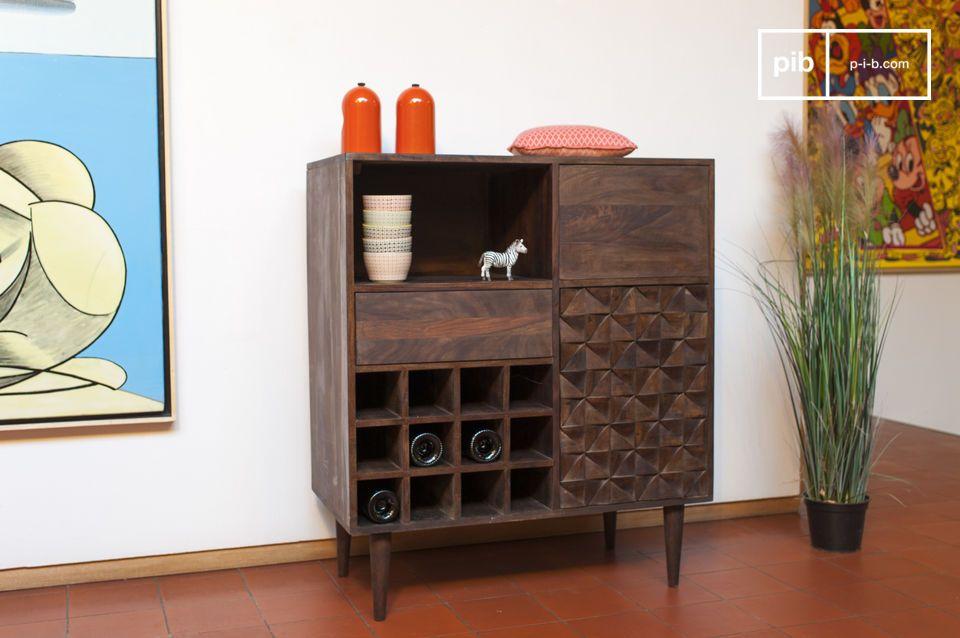 Dieses Aufbewahrungsmöbel im skandinavischen retro Stil ist komplett aus edlem Holz gefertigt