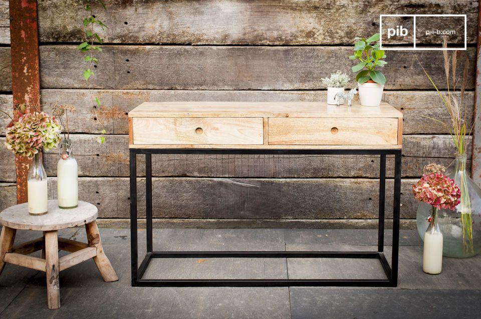 Schöne ästhetische Balance, als Aufbewahrungmöbel oder als Schreibtisch